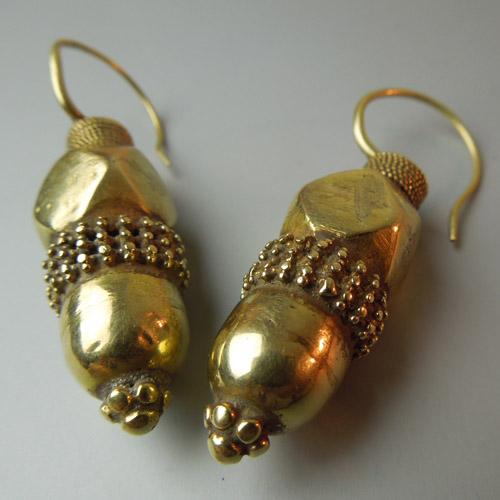 Orecchini antichi in oro Gujarat